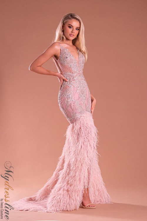 Girl Personal Style and New Look Season Designer Dresses Online