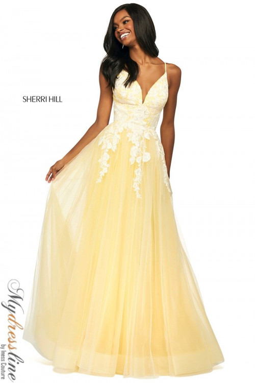Women and Girl All Time Special Occasion Outfits Online
